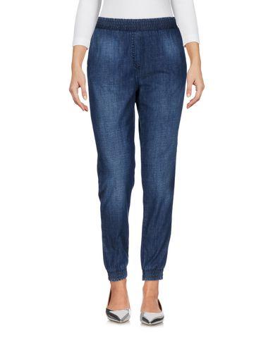 Фото - Джинсовые брюки от ELISABETTA FRANCHI JEANS синего цвета