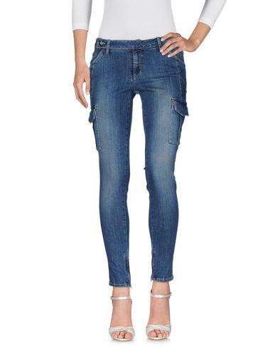 Фото - Джинсовые брюки от SIVIGLIA DENIM синего цвета