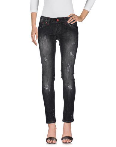 Джинсовые брюки от AMORAMARGO