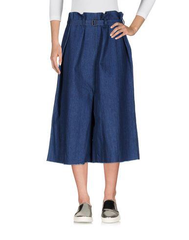 Джинсовые брюки-капри от ALESSANDRAMICOLUCCI