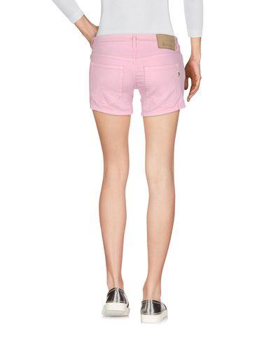 Фото 2 - Джинсовые шорты розового цвета