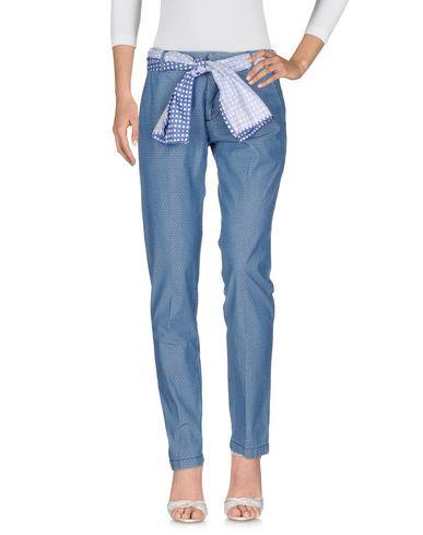 Фото - Джинсовые брюки от GABARDINE синего цвета