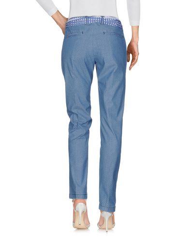 Фото 2 - Джинсовые брюки от GABARDINE синего цвета