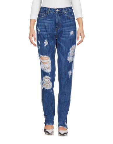 Джинсовые брюки от FOLLOW US