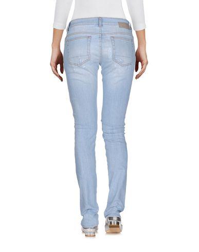 Фото 2 - Джинсовые брюки от AGLINI синего цвета