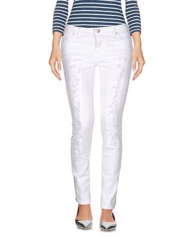 Фото - Джинсовые брюки от SUERTE белого цвета
