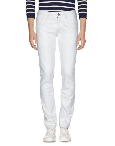 Фото 2 - Джинсовые брюки от SUN 68 белого цвета