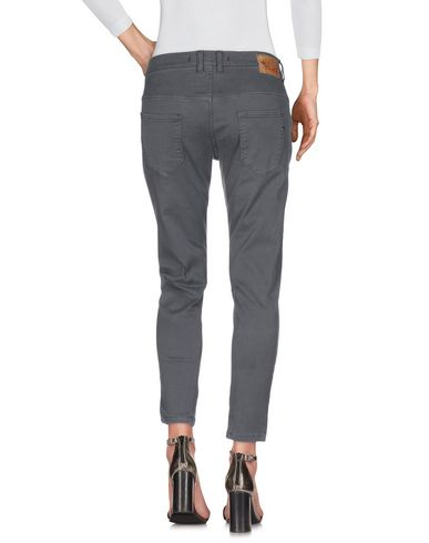 Фото 2 - Джинсовые брюки свинцово-серого цвета