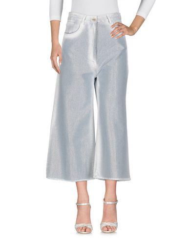 Фото - Джинсовые брюки от AVIÙ синего цвета
