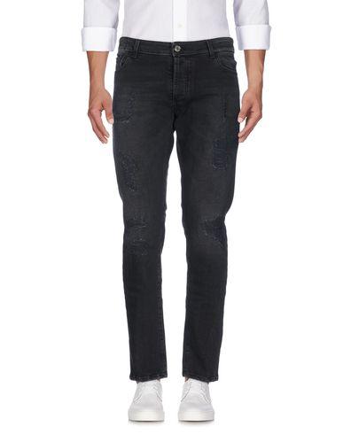 Джинсовые брюки от LOW BRAND