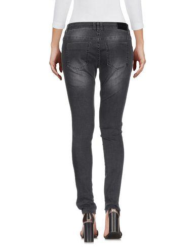 Фото 2 - Джинсовые брюки от ANINE BING серого цвета