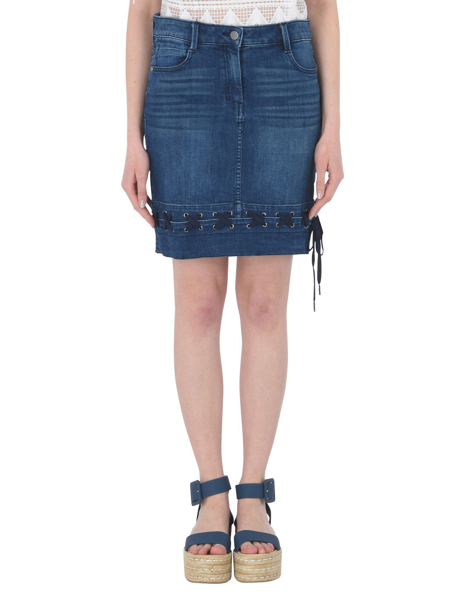 Фото - DKNY Джинсовая юбка обувь на высокой платформе dkny