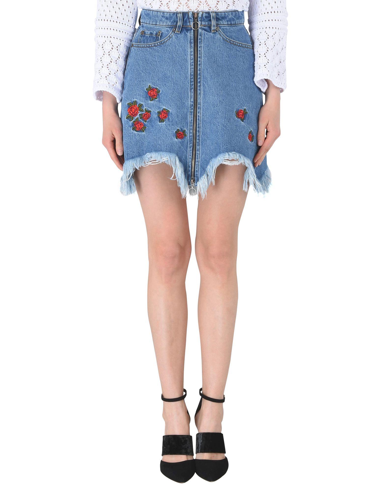 Floral-Embroidered Zip Denim Skirt in Blue