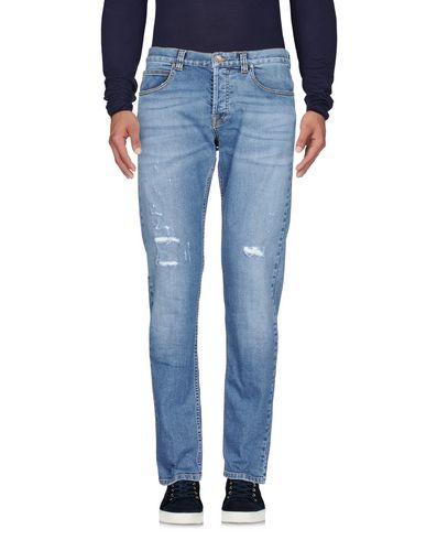Фото - Джинсовые брюки от ELEVENTY синего цвета