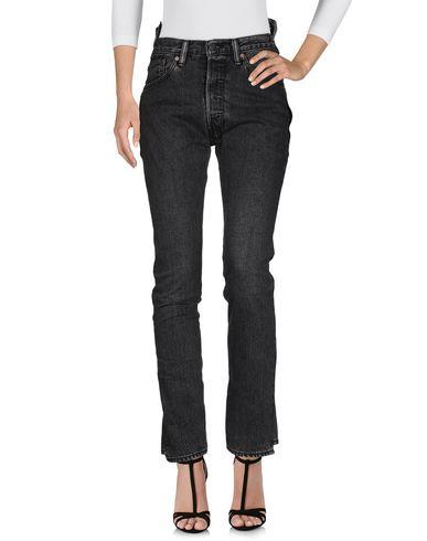 Джинсовые брюки VETEMENTS x LEVI'S 42685188UI