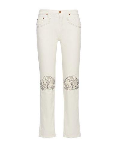 Фото - Джинсовые брюки от BLISS AND MISCHIEF белого цвета