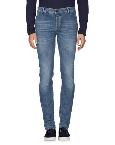 Фото 2 - Джинсовые брюки от CAMOUFLAGE AR AND J. синего цвета