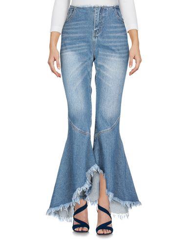 Фото 2 - Джинсовые брюки от JOVONNA синего цвета