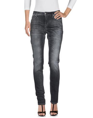 Фото 2 - Джинсовые брюки от CAMBIO черного цвета