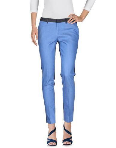 Фото 2 - Джинсовые брюки от PT01 синего цвета