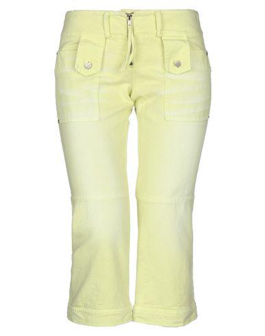 Фото - Джинсовые брюки-капри кислотно-зеленого цвета