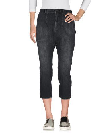 Фото 2 - Джинсовые брюки-капри от NILI LOTAN черного цвета