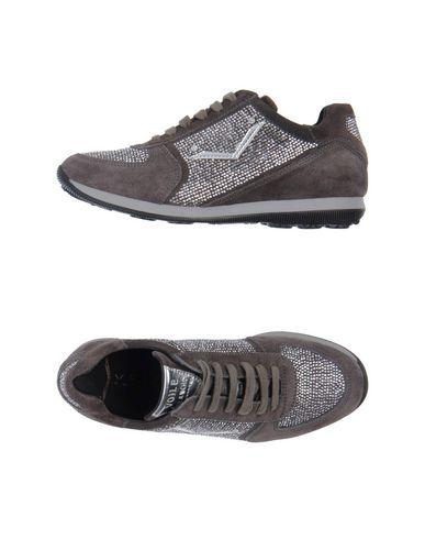 Фото - Низкие кеды и кроссовки от VOILE BLANCHE свинцово-серого цвета