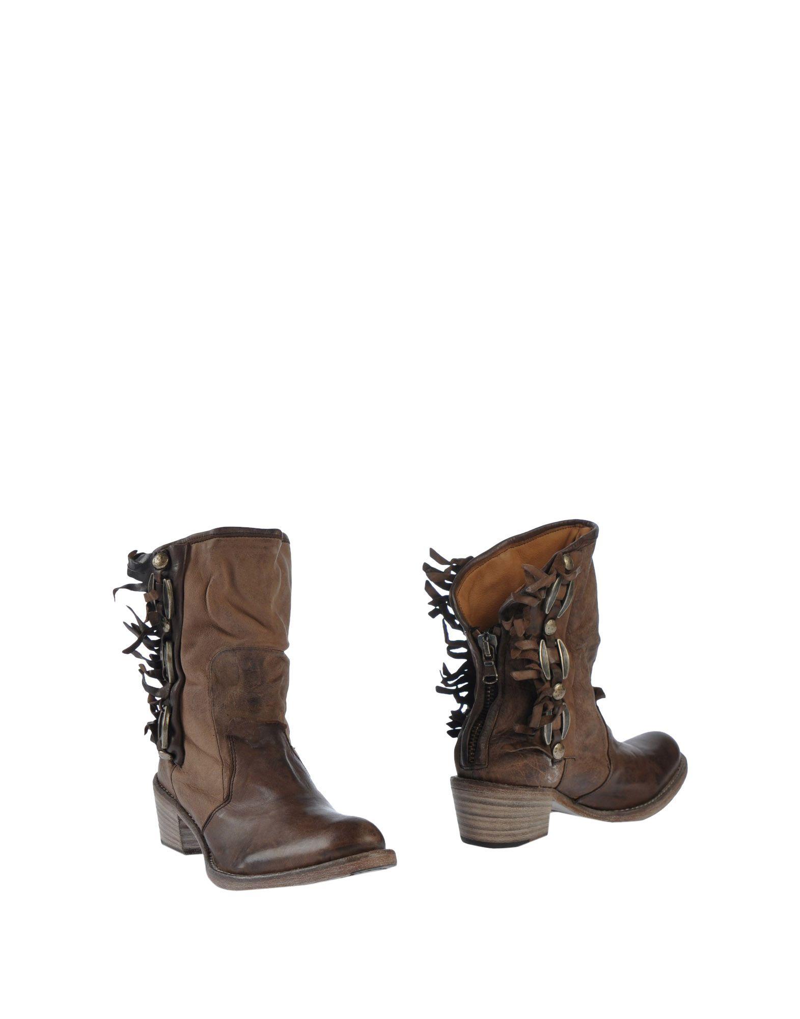 NYLO Полусапоги и высокие ботинки цены онлайн