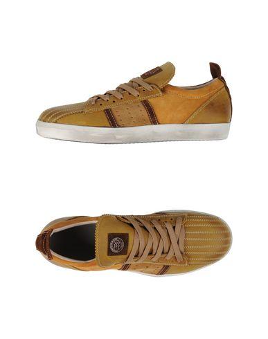 Foto PRIMABASE Sneakers & Tennis shoes basse uomo