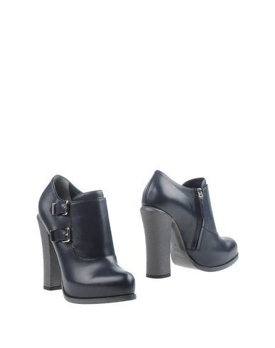 Foto FENDI Ankle boot donna Ankle boots