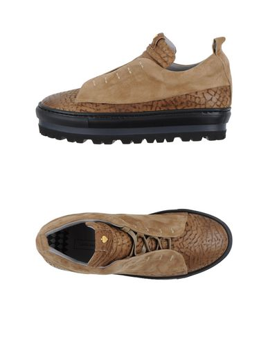 Foto LARA HAMPTON Sneakers & Tennis shoes basse donna
