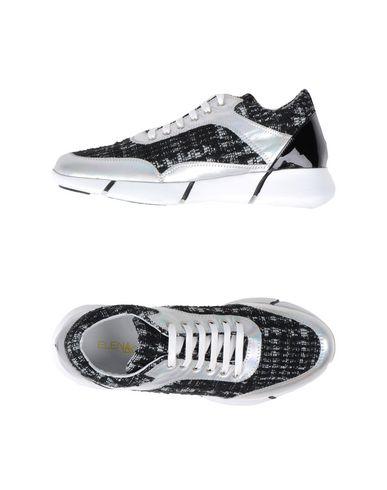 Foto ELENA IACHI Sneakers & Tennis shoes basse donna