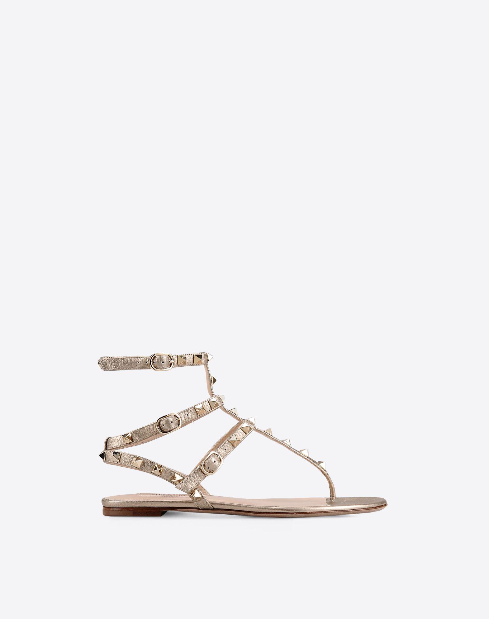 Rockstud flat thong sandal for Woman
