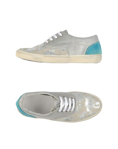 Foto LEATHER CROWN Sneakers & Tennis shoes basse donna