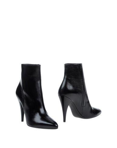 saint-laurent-ankle-boots