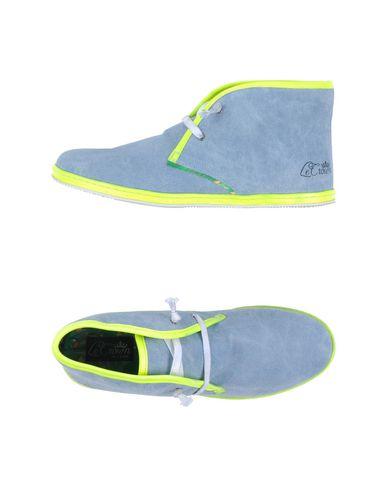 Foto LE CROWN Sneakers & Tennis shoes alte donna