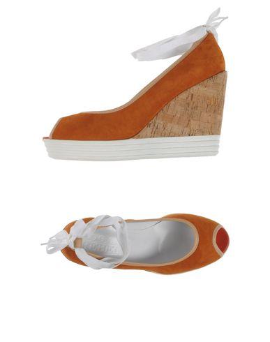 Фото - Женские туфли HOGAN REBEL коричневого цвета