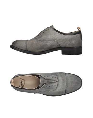 Фото - Обувь на шнурках серого цвета