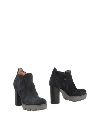 Foto LOGAN Ankle boot donna Ankle boots