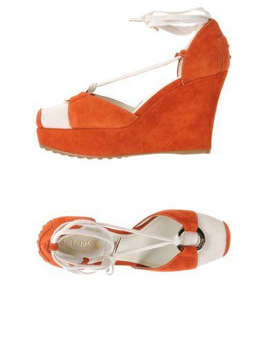 Фото - Женские сандали  ржаво-коричневого цвета