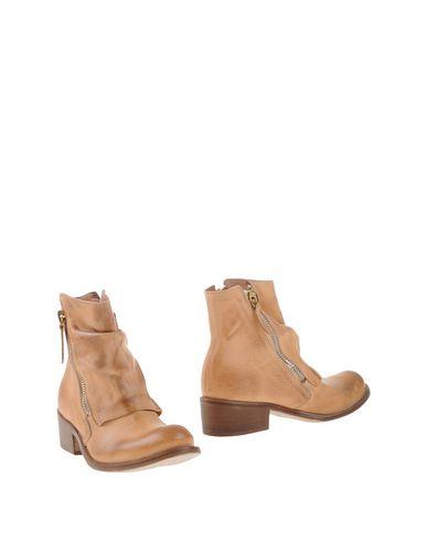 Полусапоги и высокие ботинки от MANILA GRACE DENIM