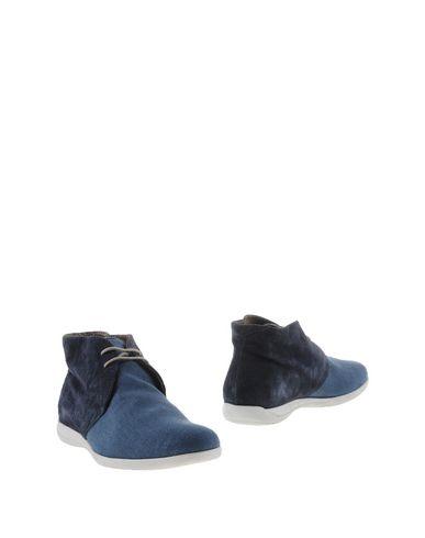 Полусапоги и высокие ботинки от BELLO