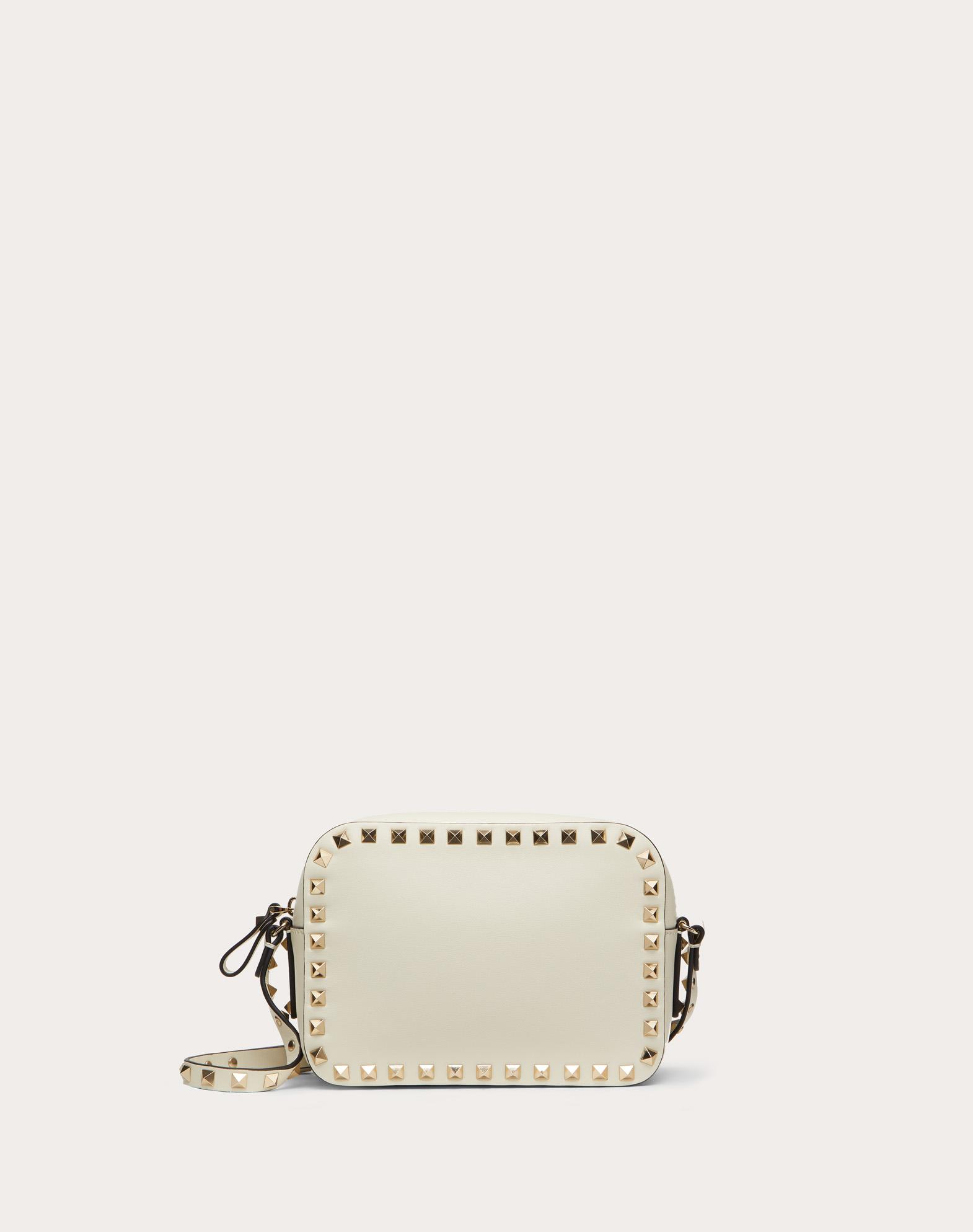 Маленькая сумка на ремешке Rockstud из телячьей кожи