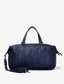 ARMANI EXCHANGE LARGE CHEVRON QUILTED DUFFLE Bag D r