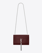 SAINT LAURENT MONOGRAM KATE WITH TASSEL D Satchel à pompon medium KATE MONOGRAMME SAINT LAURENT en cuir brillant embossé façon crocodile rouge foncé f