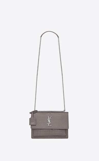 SAINT LAURENT Sunset Femme sac medium sunset en cuir brillant embossé façon crocodile gris brouillard a_V4