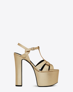 SAINT LAURENT Betty Shoes D Betty 80 T-Riemchensandale aus hell goldfarbenem Metallic-Leder f