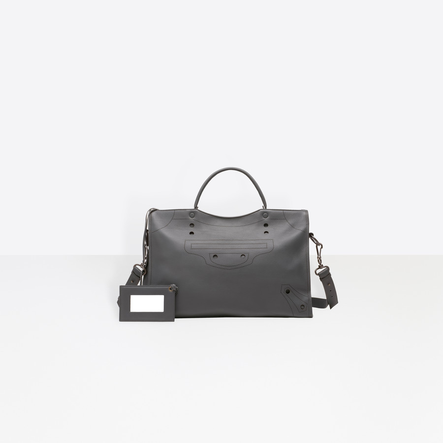 BALENCIAGA Blackout City Blackout D f