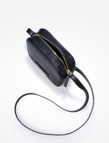 ARMANI EXCHANGE PEBBLED CROSSBODY Crossbody Bag [*** pickupInStoreShipping_info ***] e