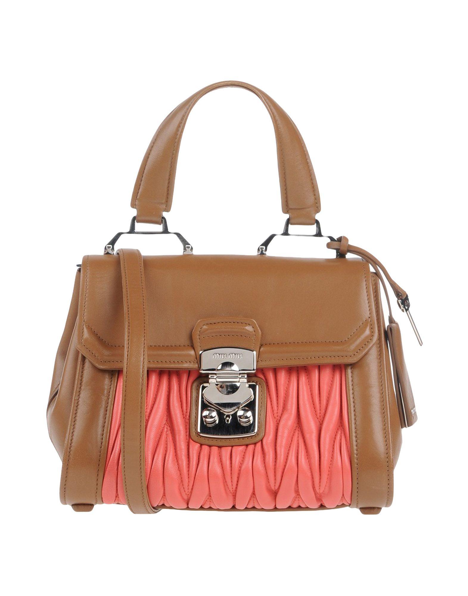 Фото - MIU MIU Сумка на руку miu miu сумка на руку